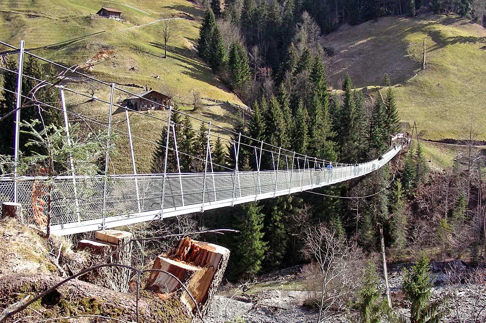 Längste Fußgängerhängebrücke Europas bei Frutigen