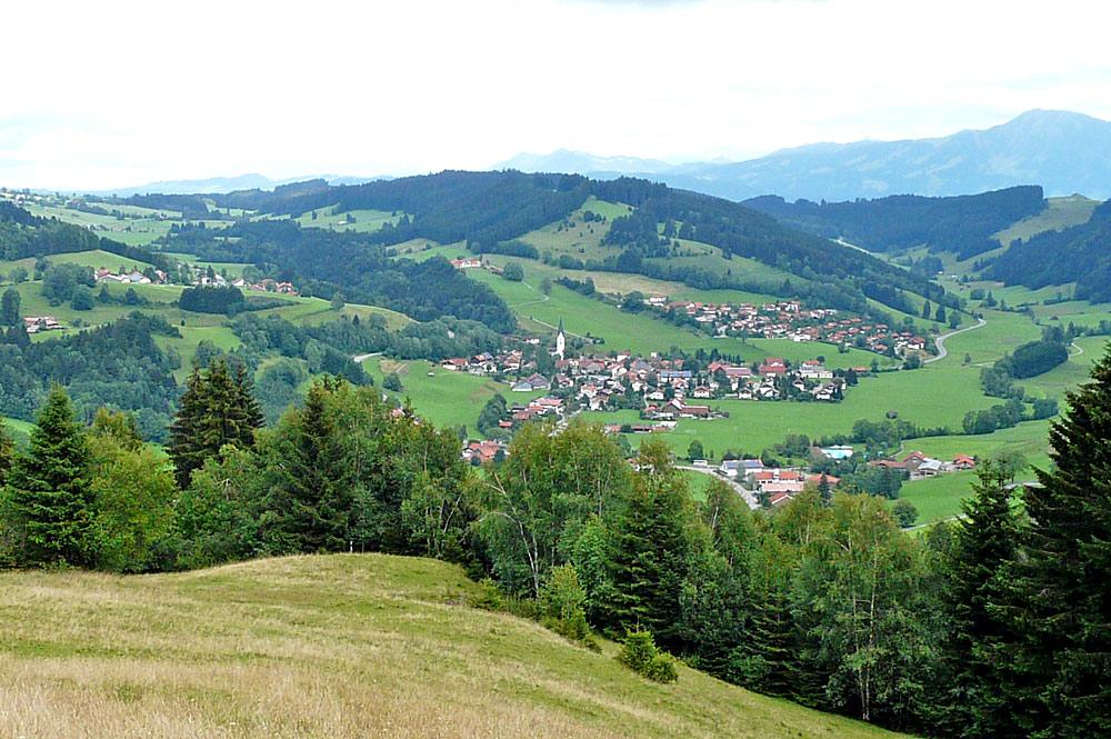 Blick vom Ochsenberg auf Missen-Wilhams