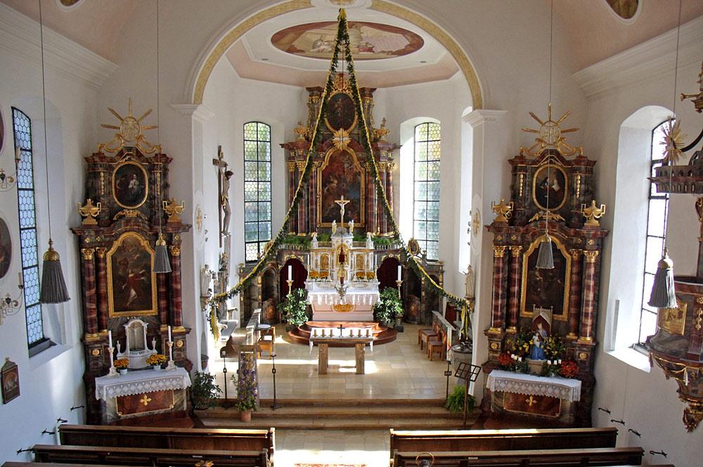 Innenansicht der Pfarrkirche St. Martin in Missen