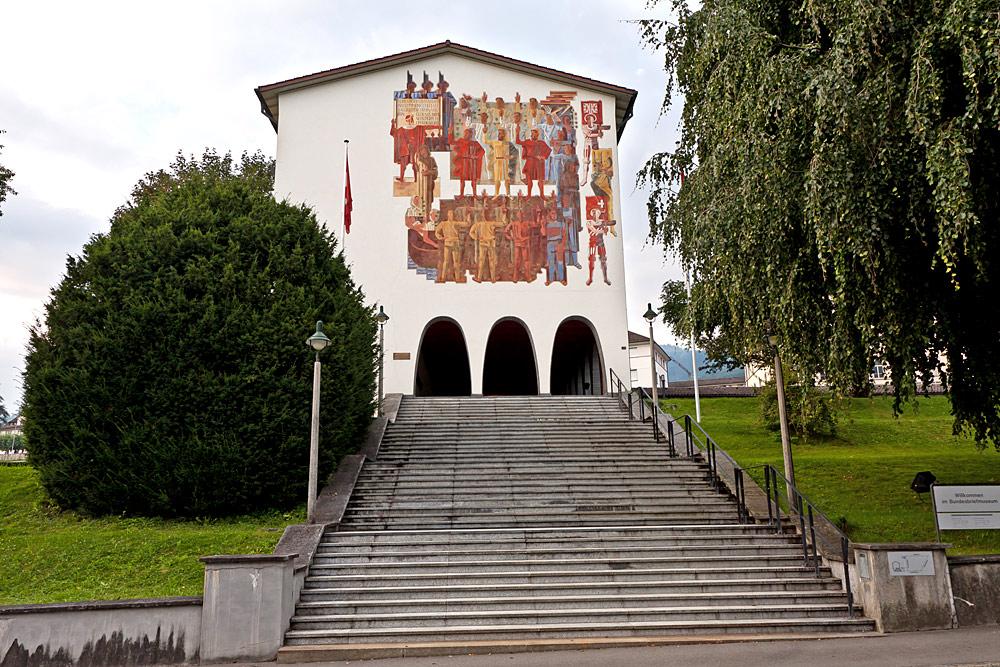 Außenansicht des Bundesbriefmuseums in Schwyz