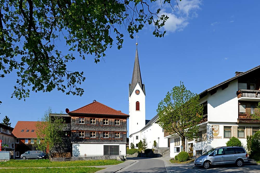 Pfarrkirche St. Leonhard in Riefensberg