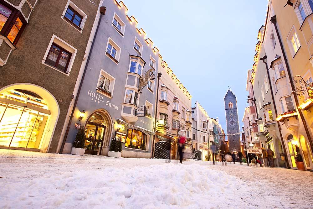 Winterliche Innenstadt von Sterzing