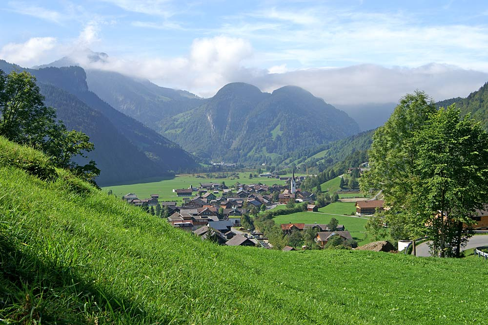 Blick auf die Gemeinde Bizau