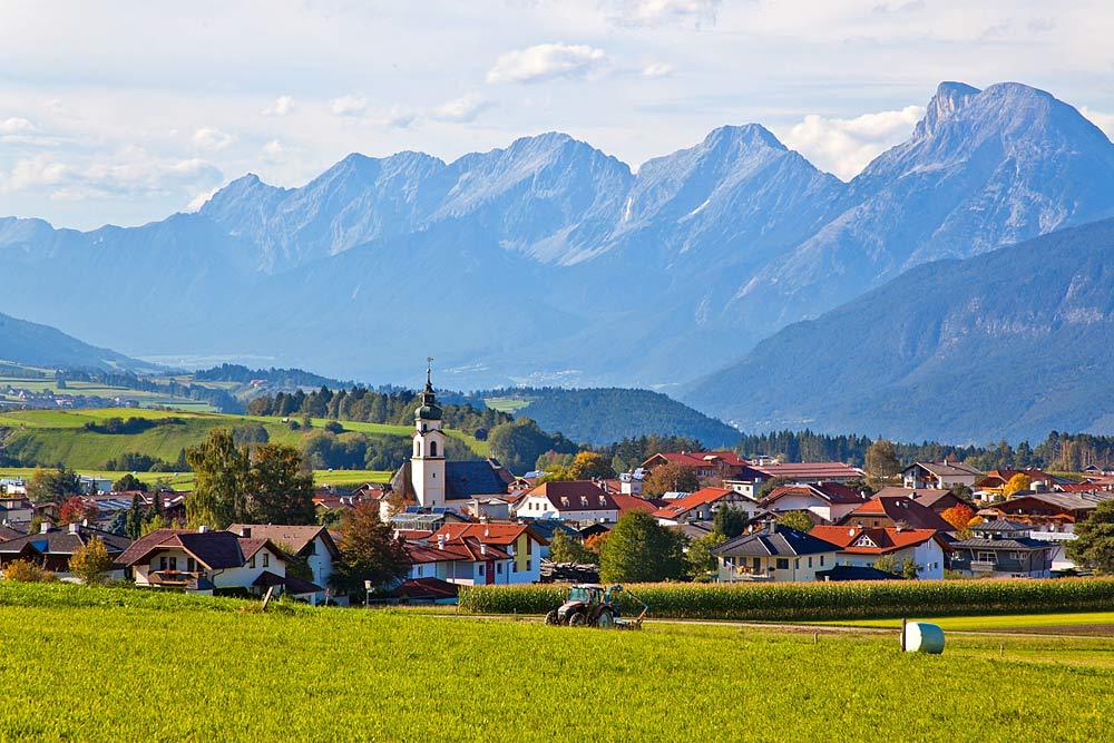 Blick auf die Gemeinde Birgitz