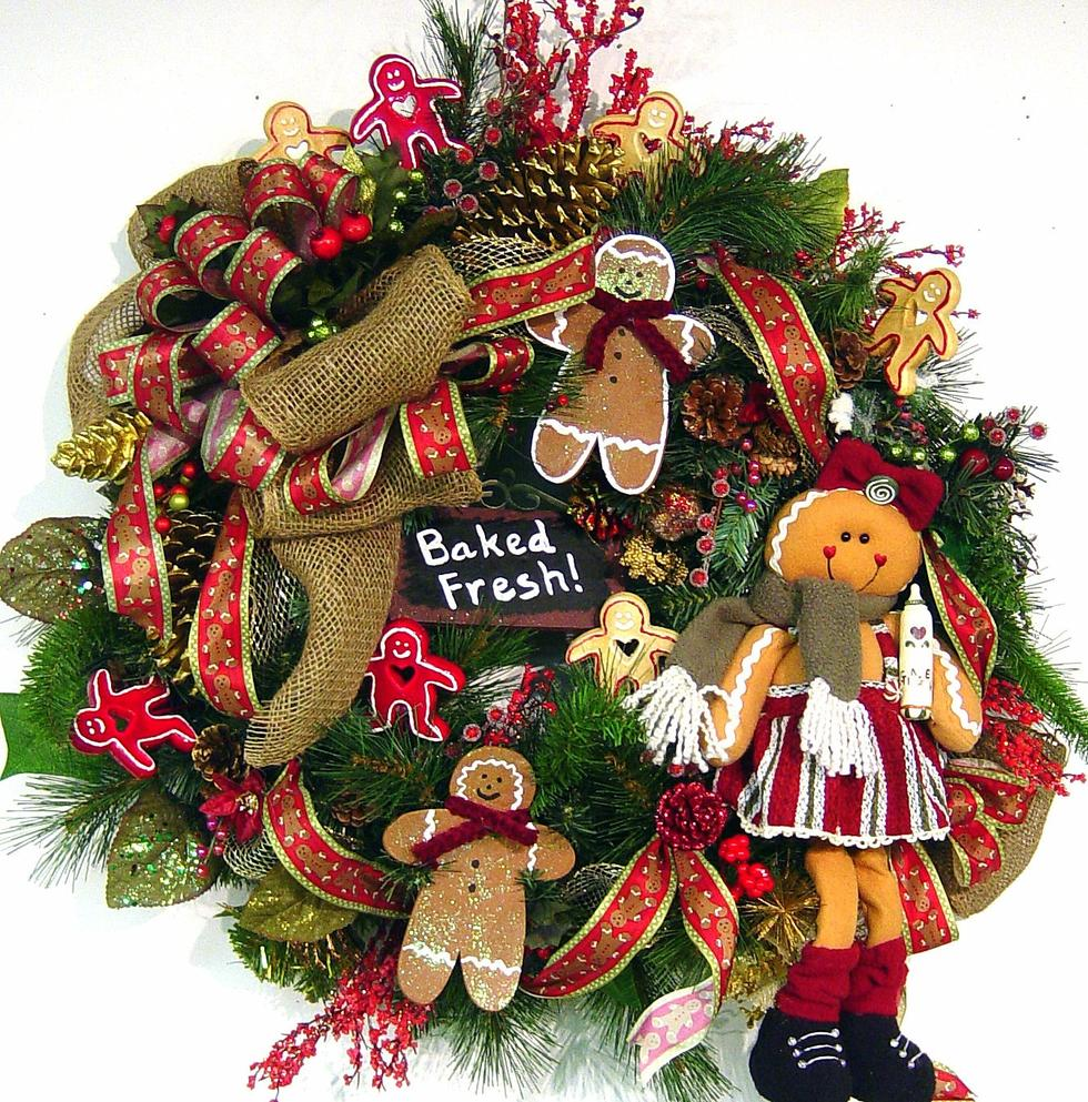 Mkjq1rwquwzeubtreada christmas wreaths9