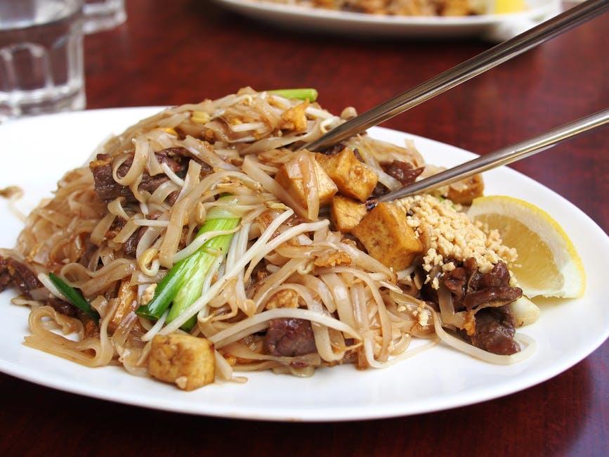Mu7ohypqt8obif02jydh thai food noodle fried noodles meal 46247