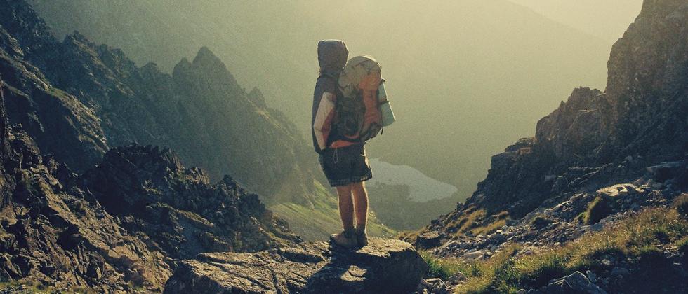 Section image bb hiker 01 unsplash dot com