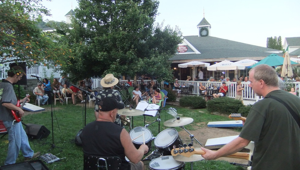 Section image concert  full deck and lawn
