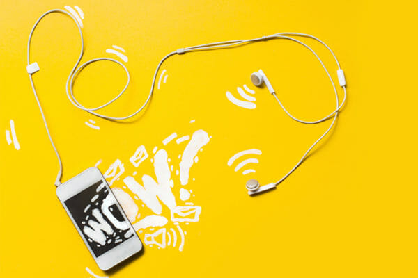 25 Top Podcasts for Creative Freelancers