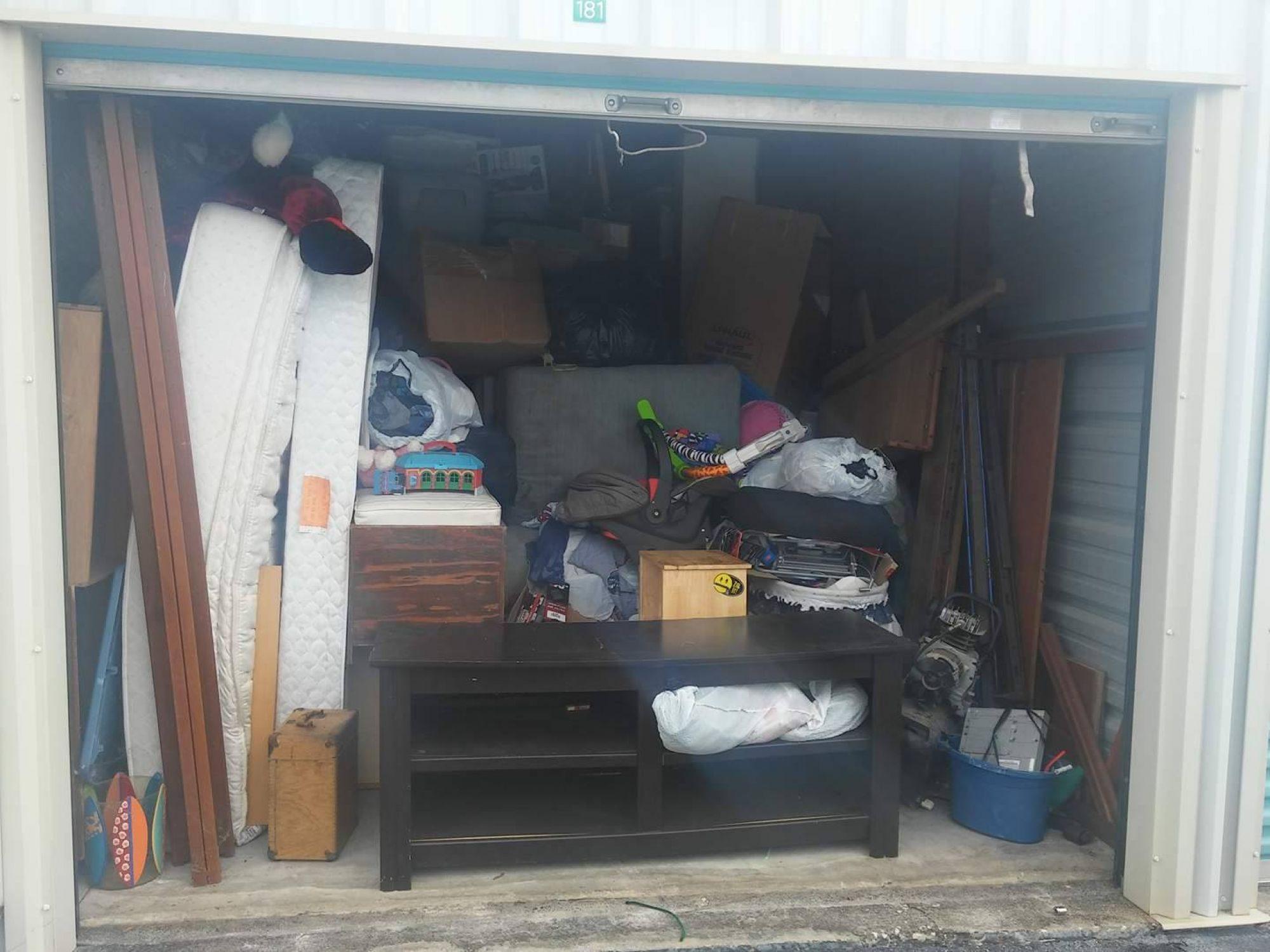Hover or click & Storage Unit Auction: 491967 | Ocala FL | StorageTreasures.com