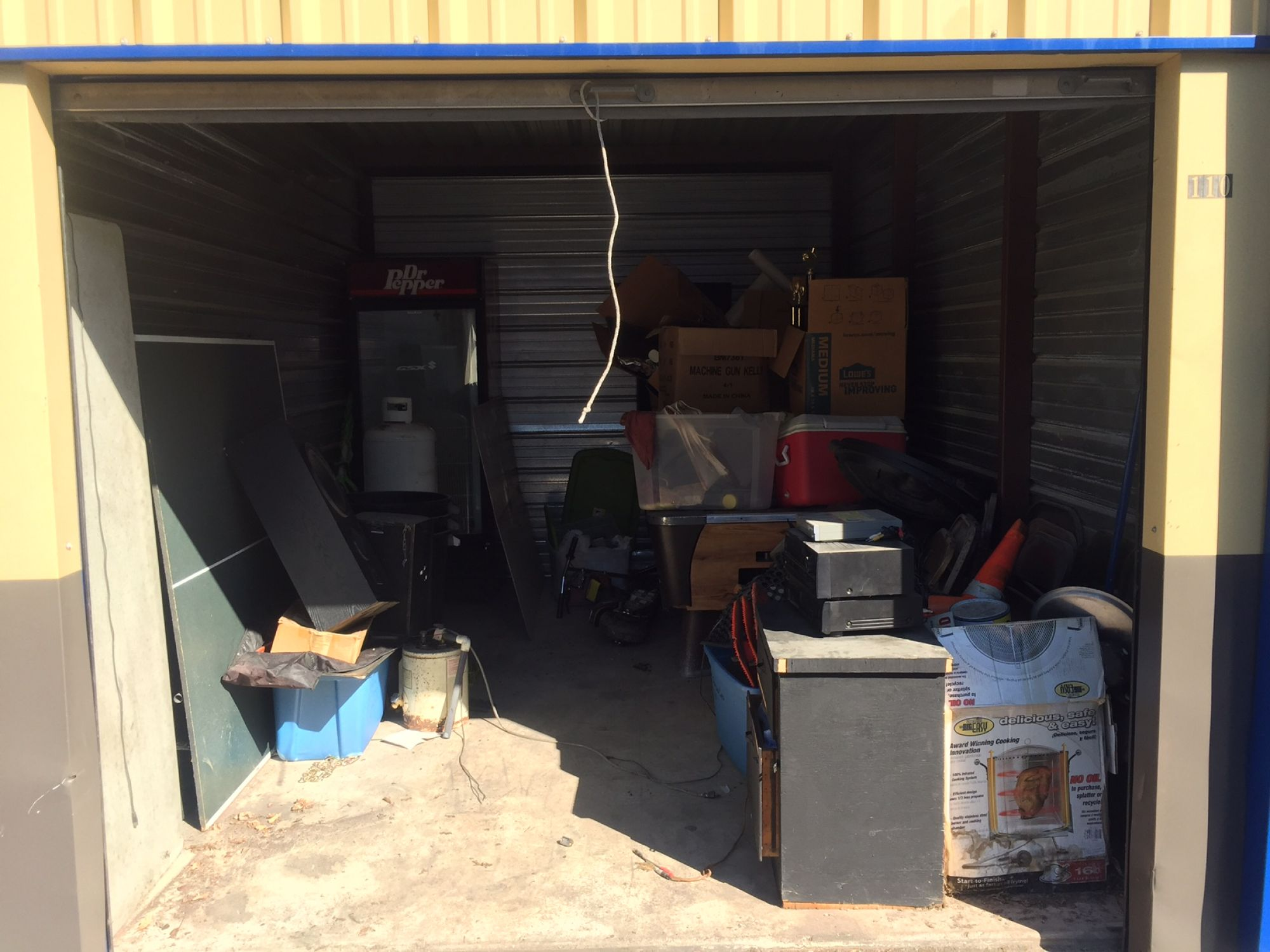 Storage Unit Auction: 498452  Tulsa, OK  StorageTreasures.com