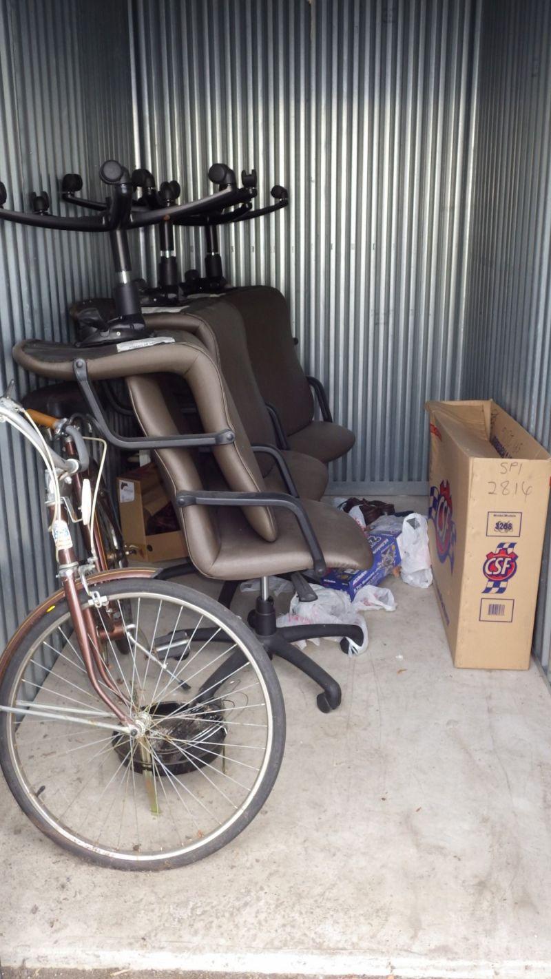 Storage Unit Auction 498854 | Rochester Hills MI | StorageTreasures.com & Storage Unit Auction: 498854 | Rochester Hills MI ...