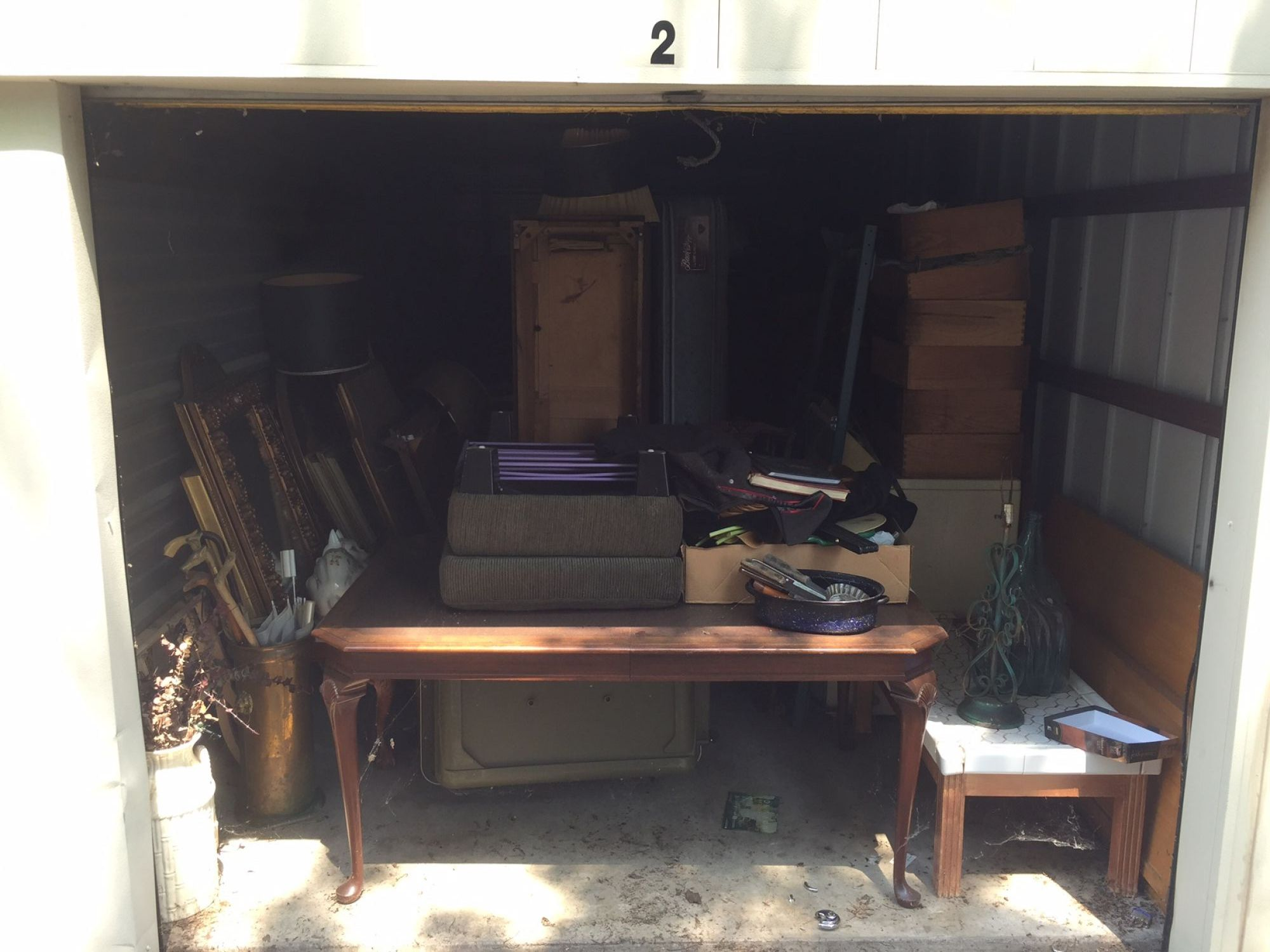 Storage Unit Auction: 513121  Tulsa, OK  StorageTreasures.com