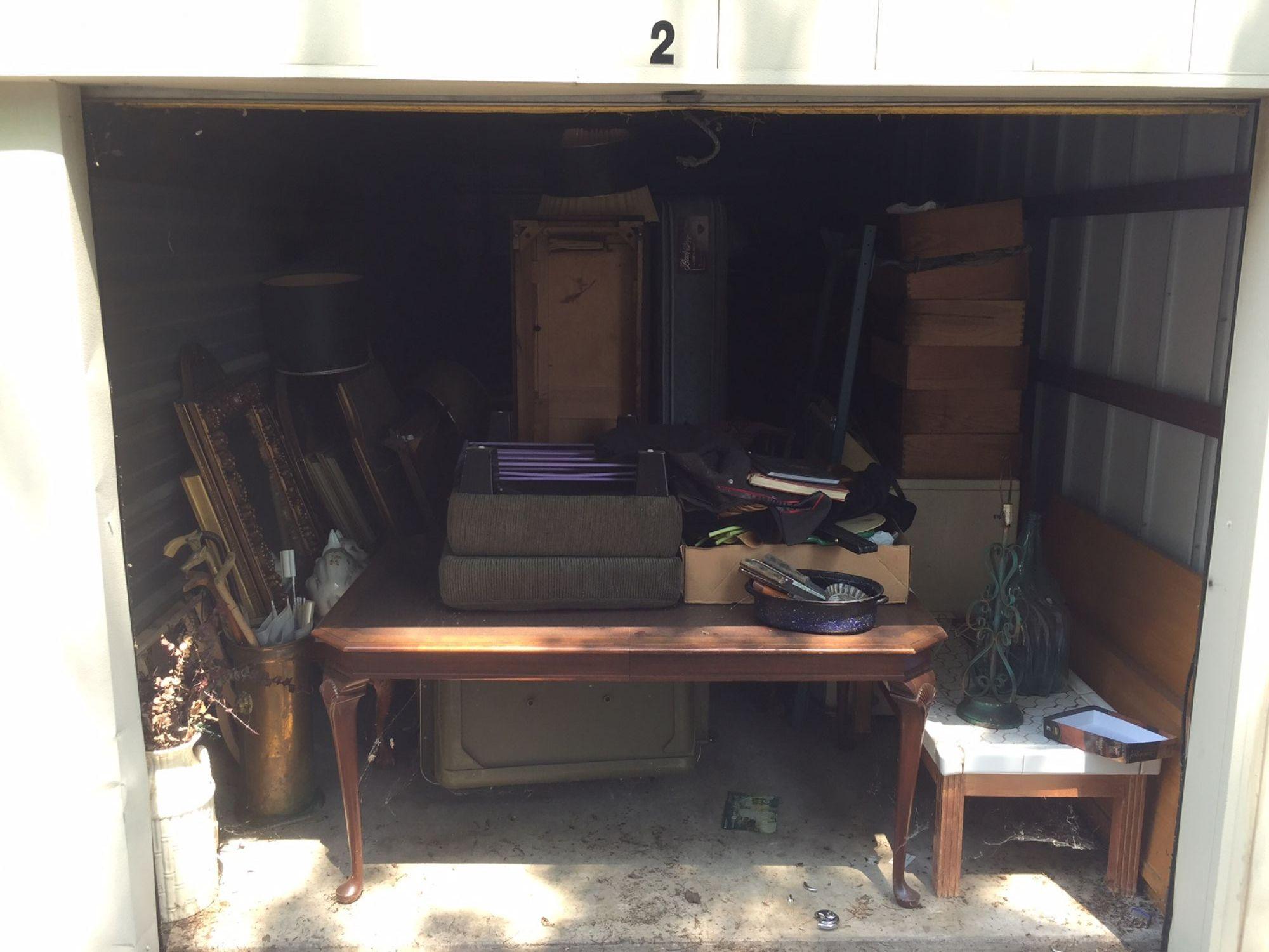 Storage Unit Auction: 513121  Tulsa, OK  StorageTreasures.com