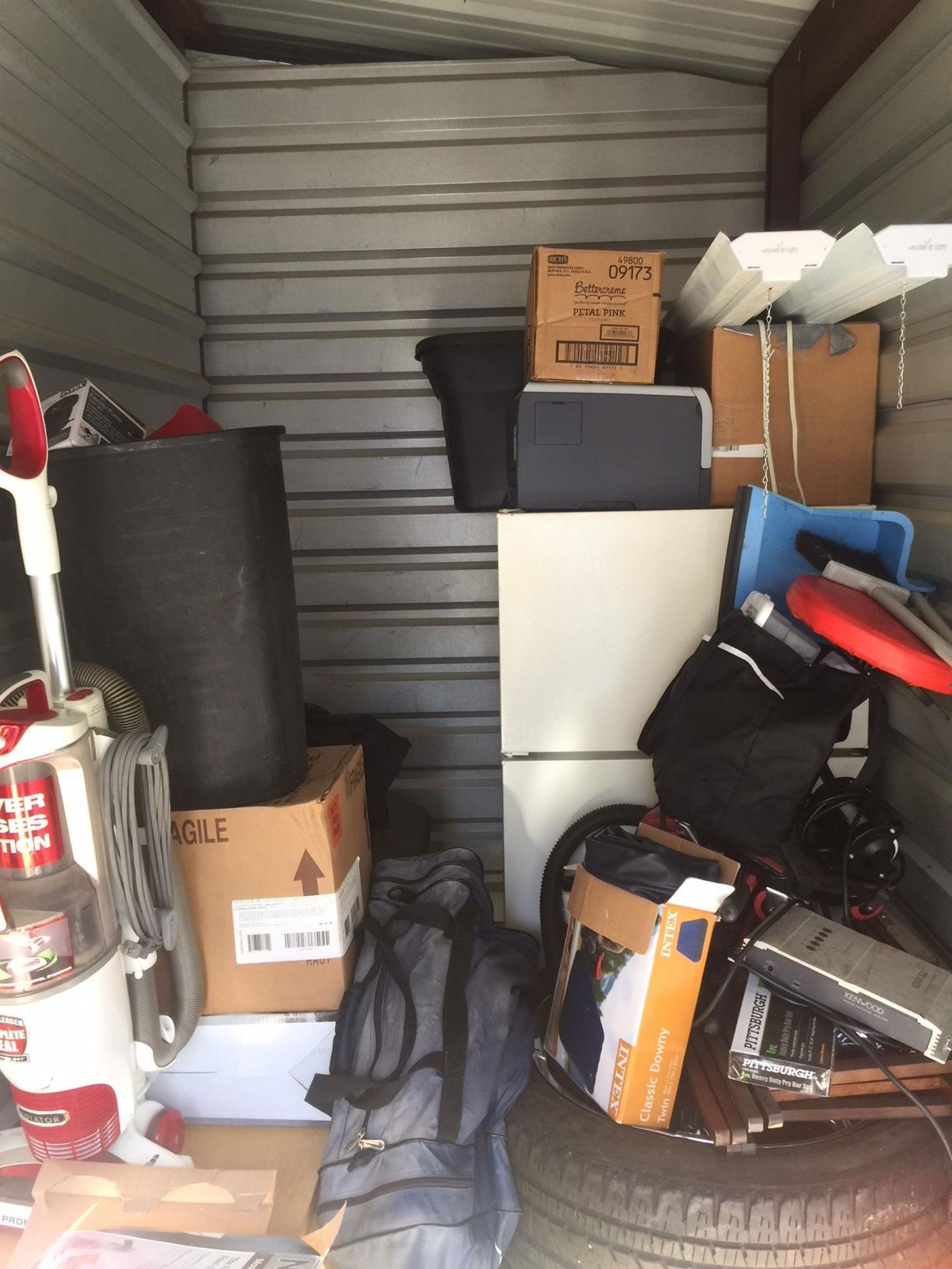 Storage Unit Auction: 514171  Tulsa, OK  StorageTreasures.com