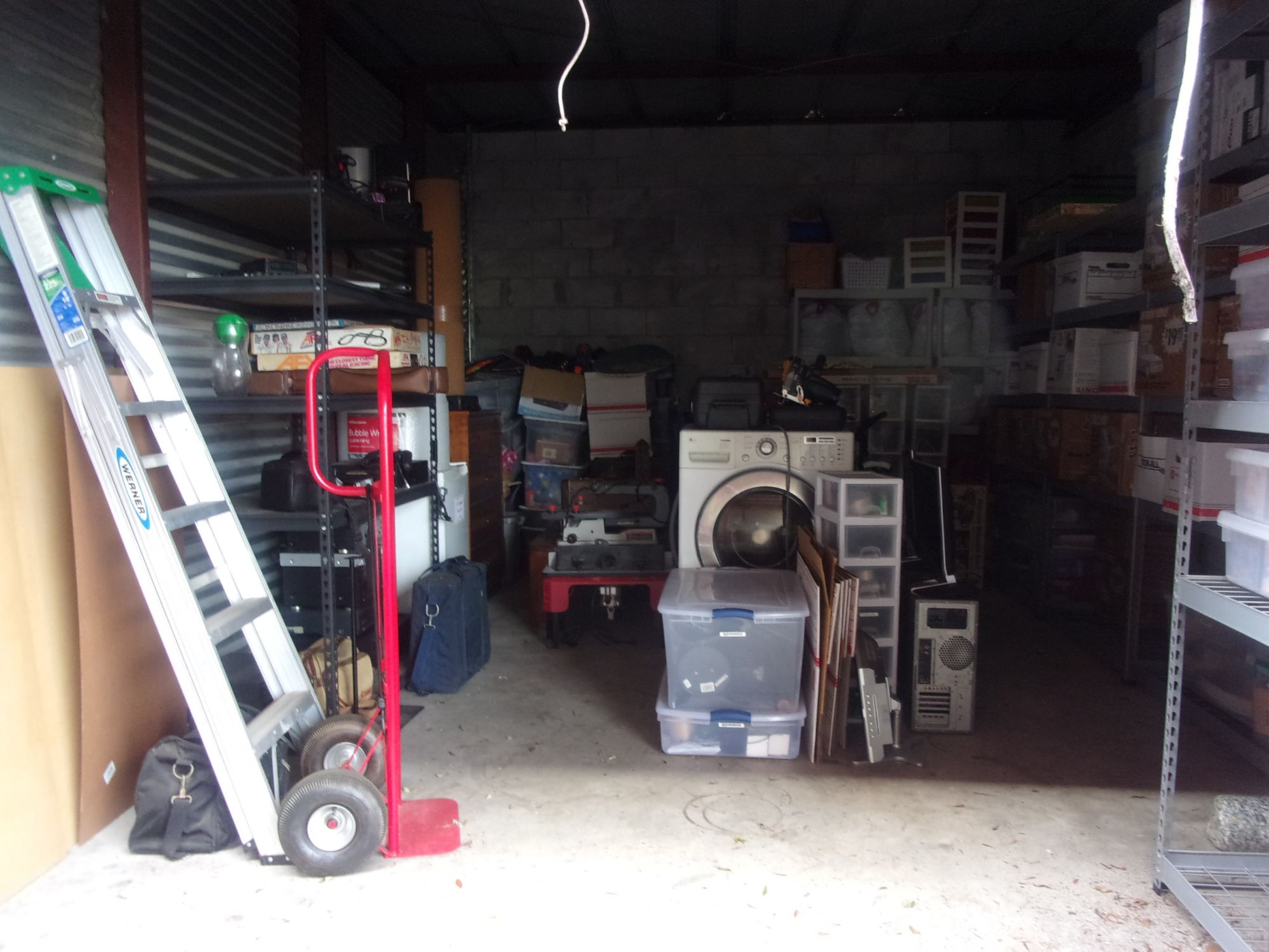 Hover or click & Storage Unit Auction: 517801 | Merritt Island FL | StorageTreasures.com