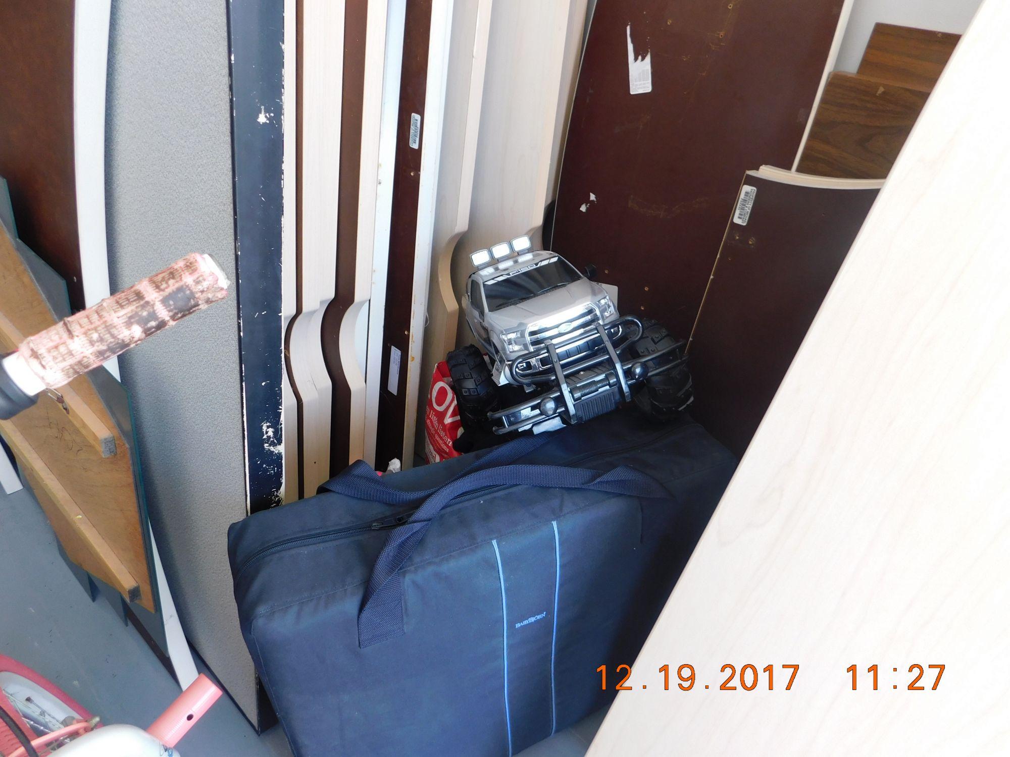 Storage Unit Auction 519165 Sarasota Fl