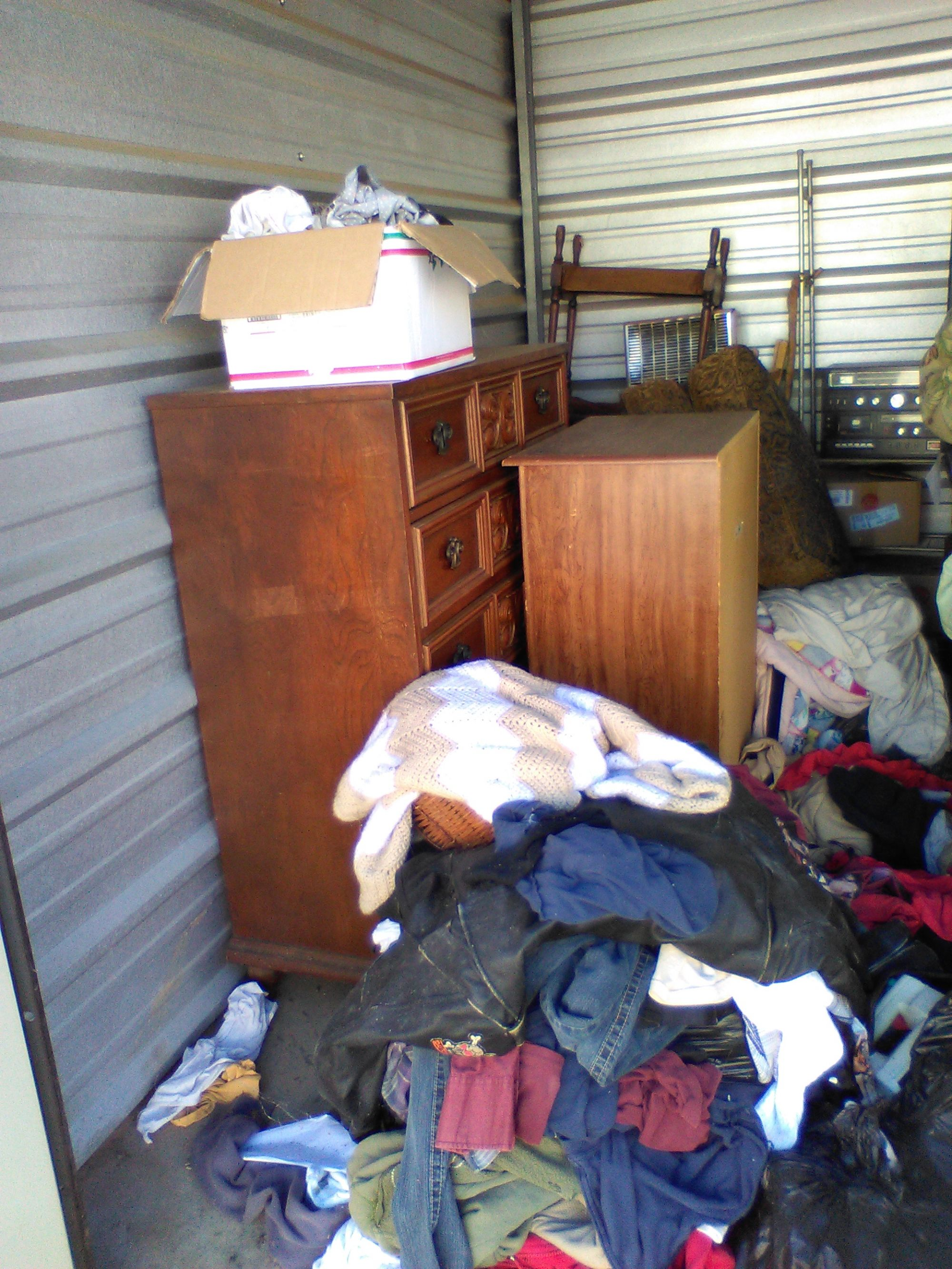 CLICK THUMBNAIL TO VIEW & Storage Unit Auction: 519376 | Carrollton GA | StorageTreasures.com