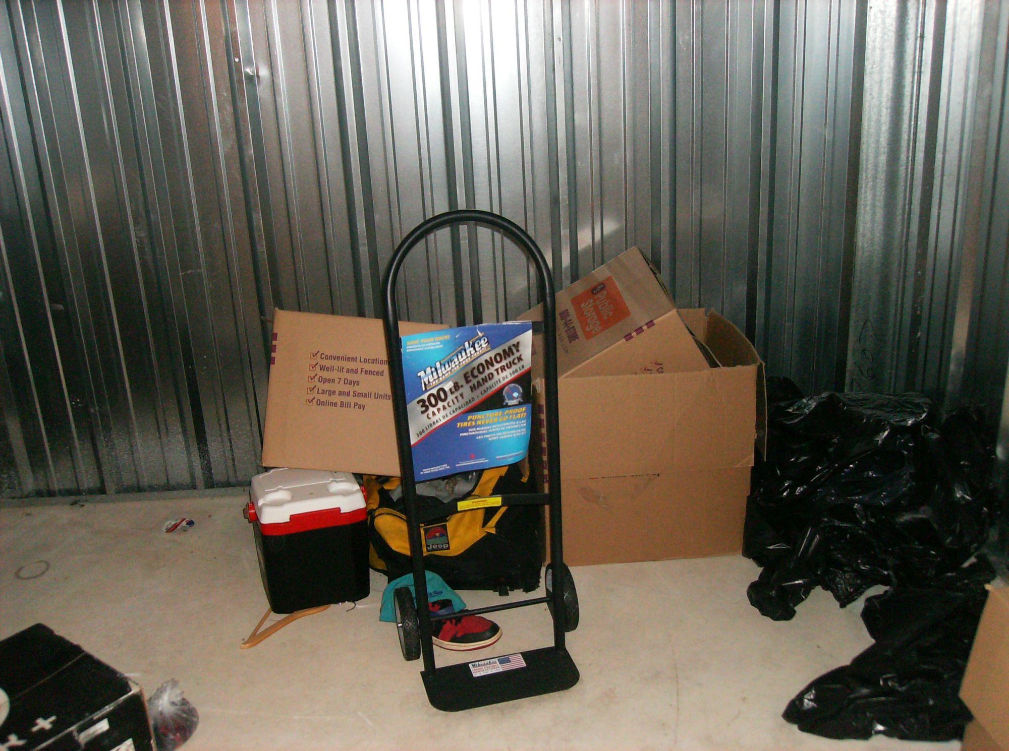Storage Unit Auction 519545 East Bridgewater Ma & Storage Units Auction - Listitdallas