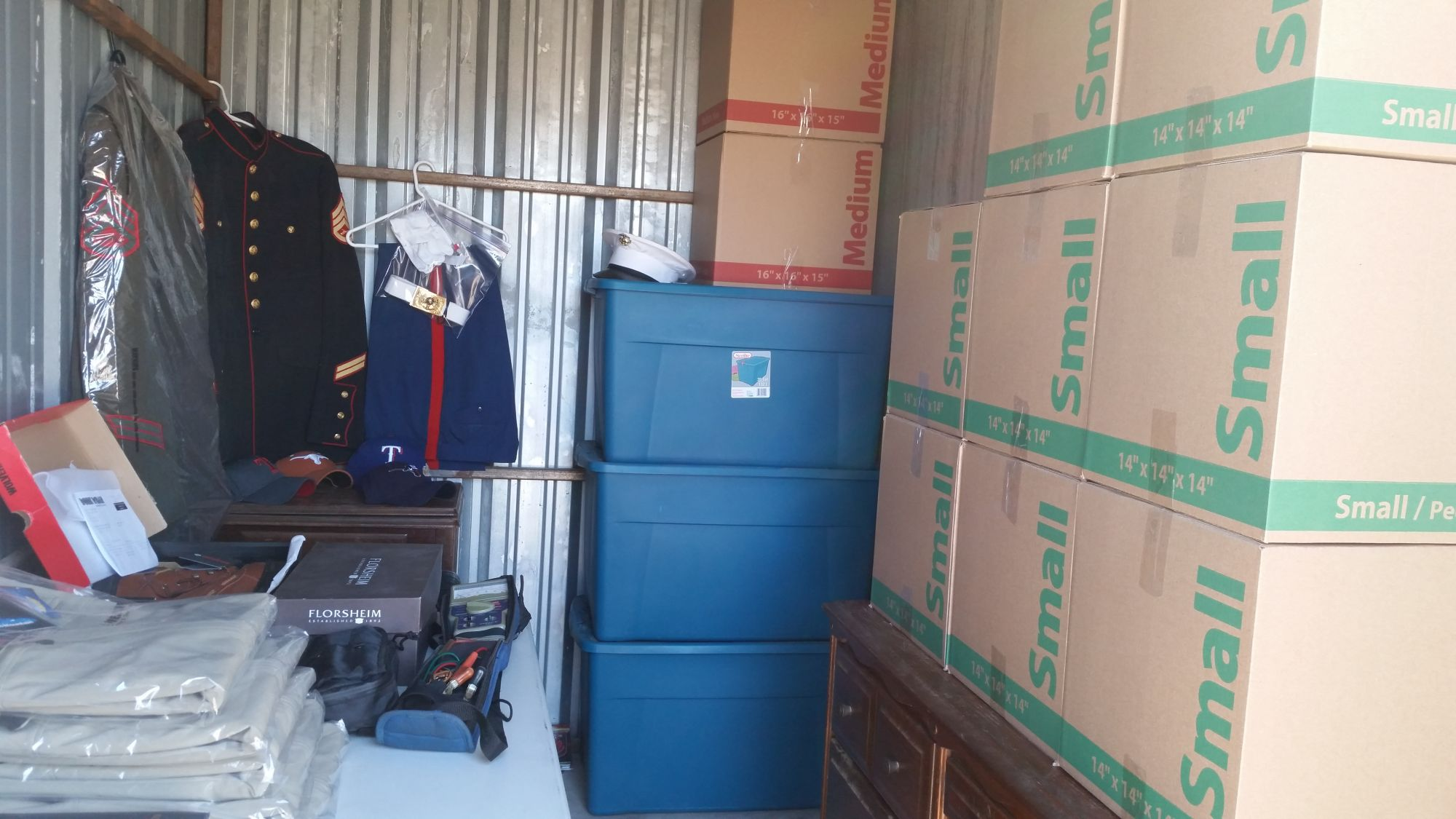 Hover or click & Storage Unit Auction: 525373 | Weatherford TX | StorageTreasures.com