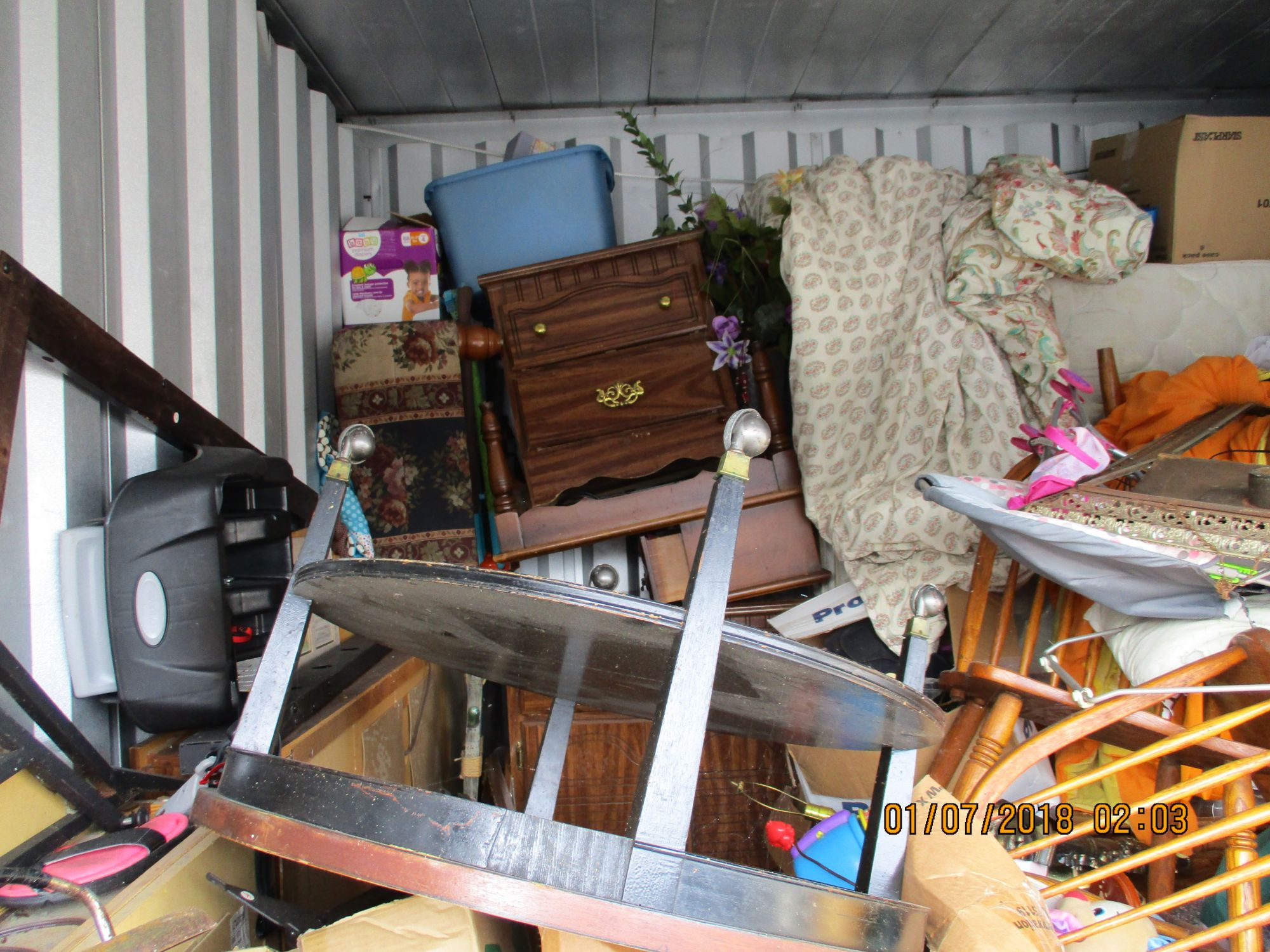 Hover or click & Storage Unit Auction: 527592 | Knoxville TN | StorageTreasures.com