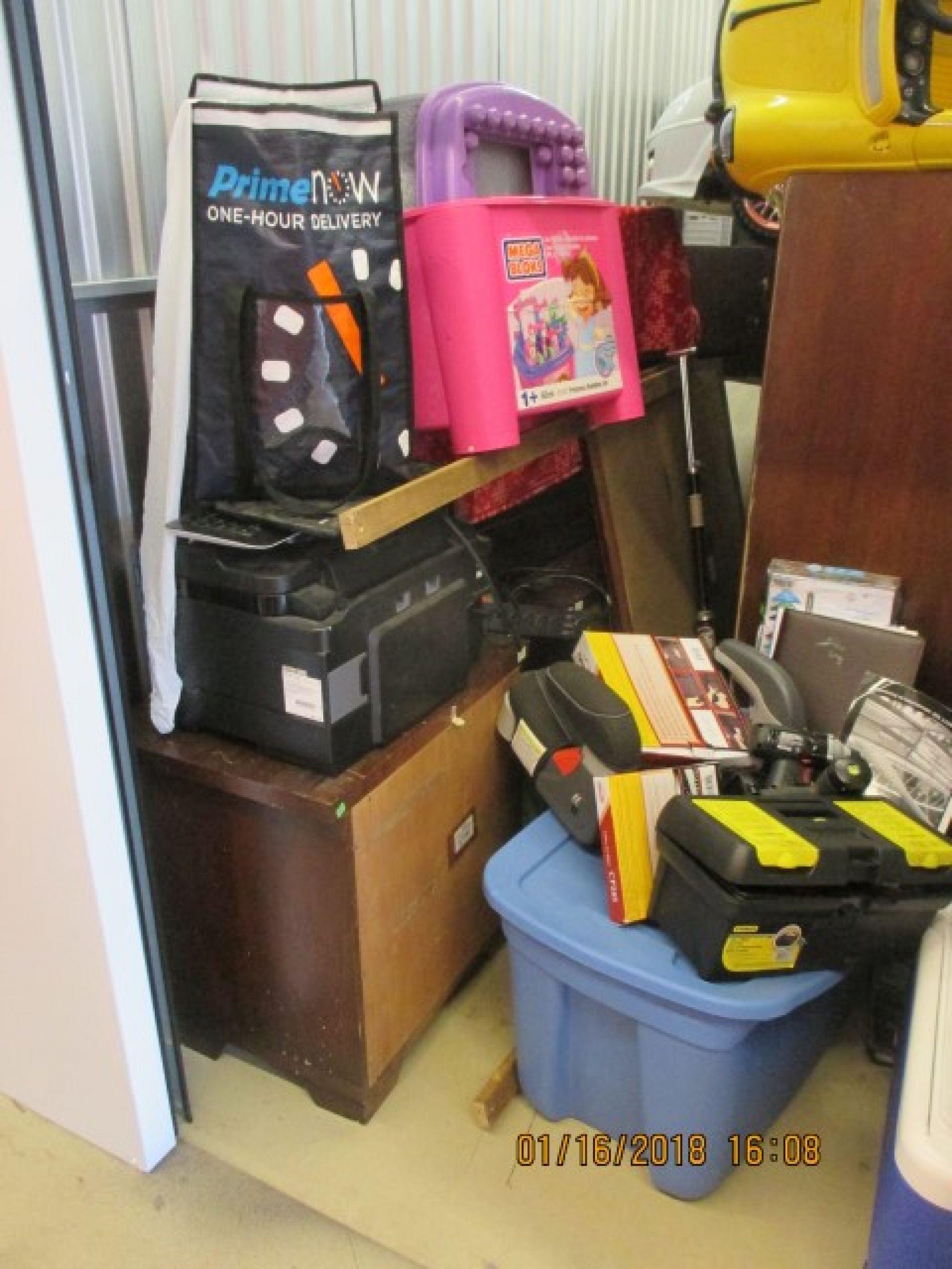 Storage unit auction 532296 sacramento ca for Carmichael storage