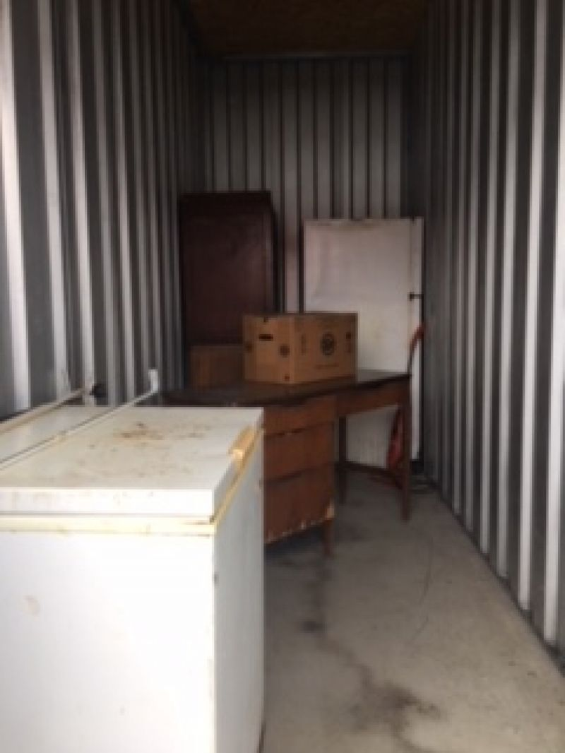 & Storage Unit Auction: 532670 | Hermitage PA | StorageTreasures.com