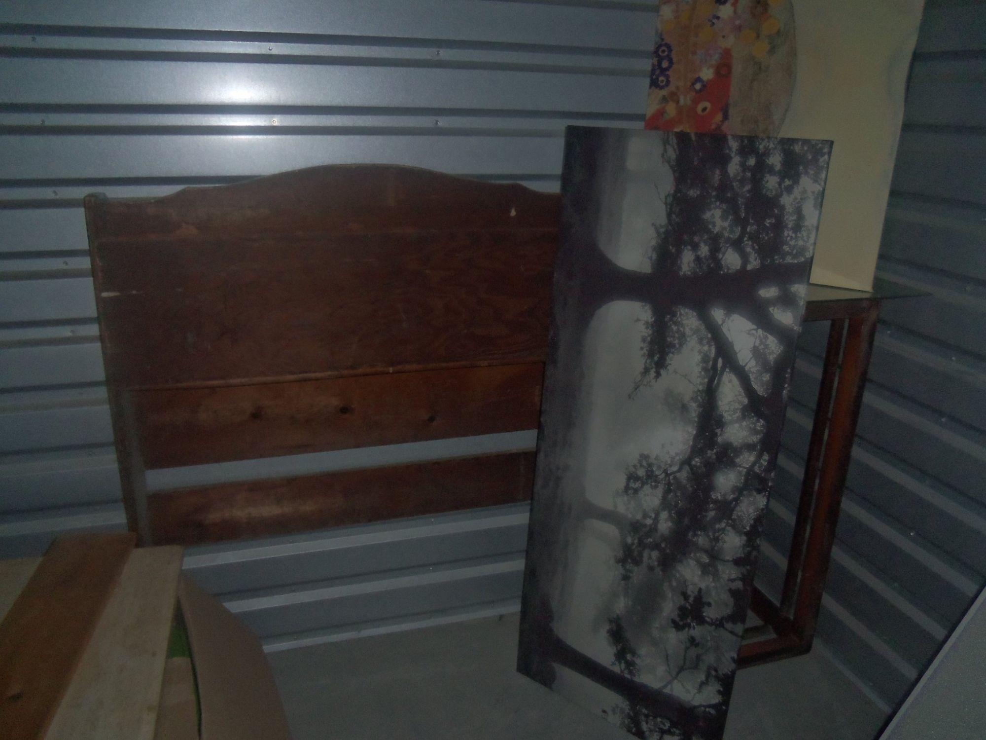 storage unit auction  532777