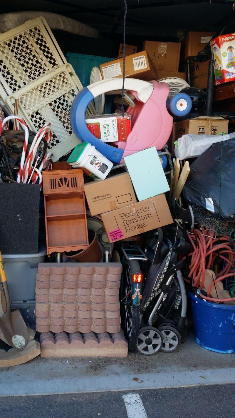& Storage Unit Auction: 533631 | Buckeye AZ | StorageTreasures.com