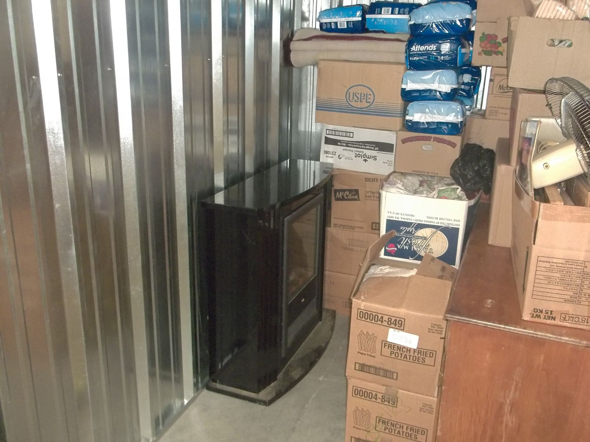 Hover or click & Storage Unit Auction: 534424 | Pasco WA | StorageTreasures.com