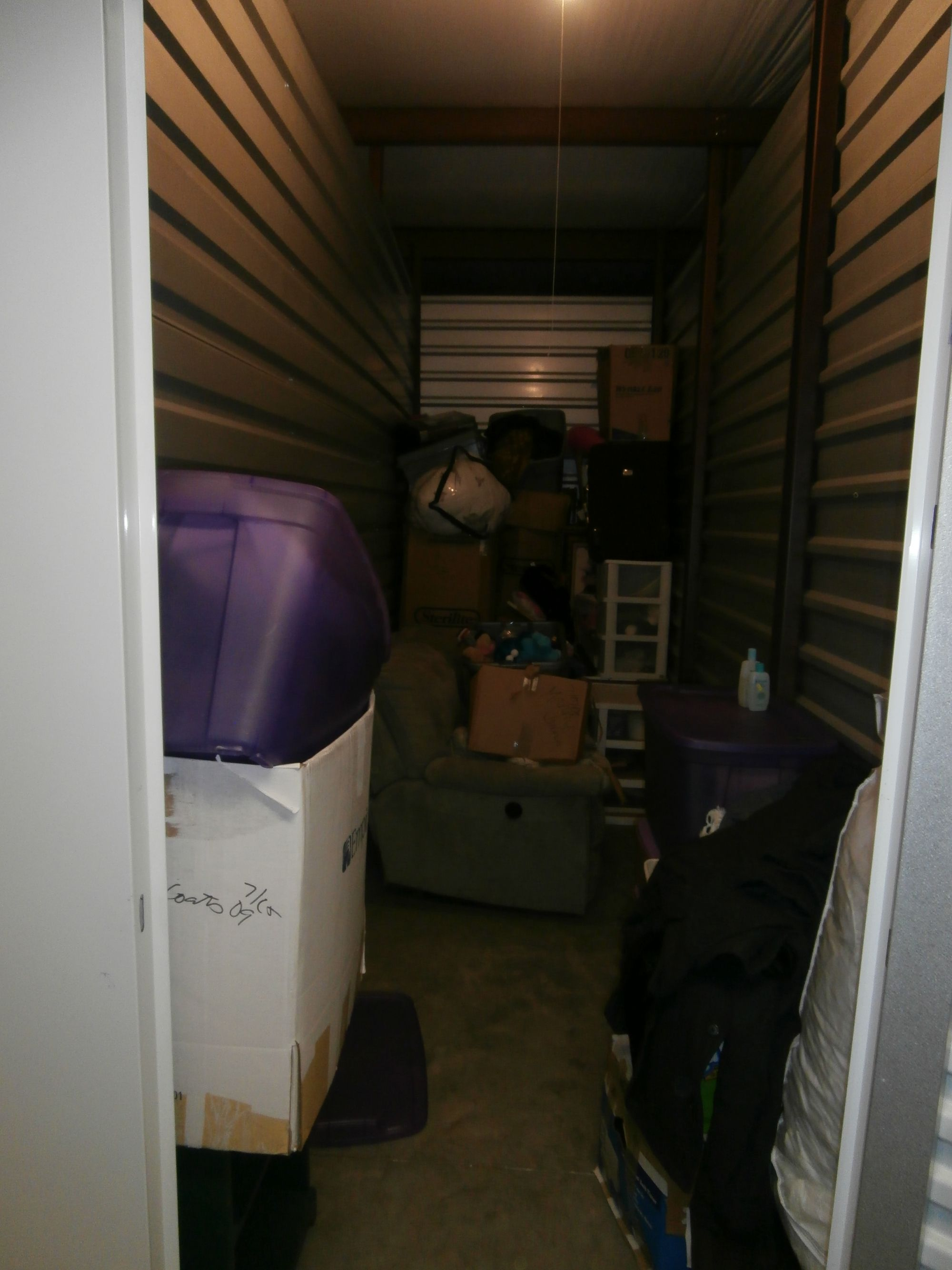 Hover or click & Storage Unit Auction: 537009 | Palm Coast FL | StorageTreasures.com
