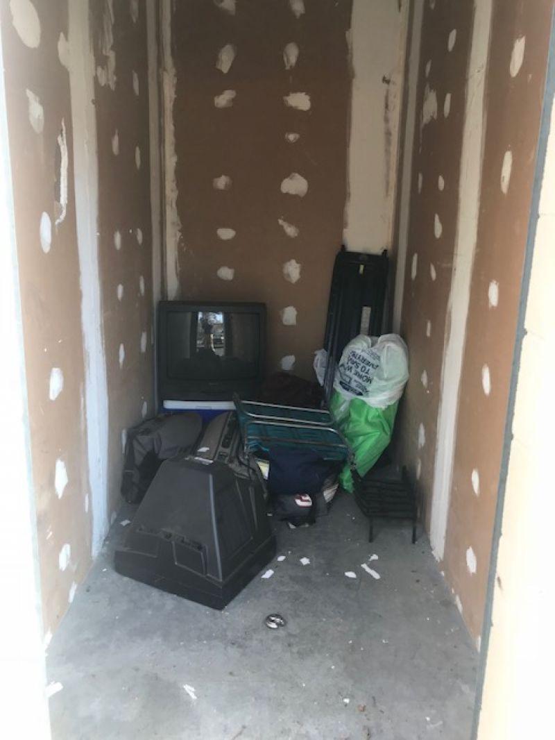 & Storage Unit Auction: 537503 | Goldsboro NC | StorageTreasures.com