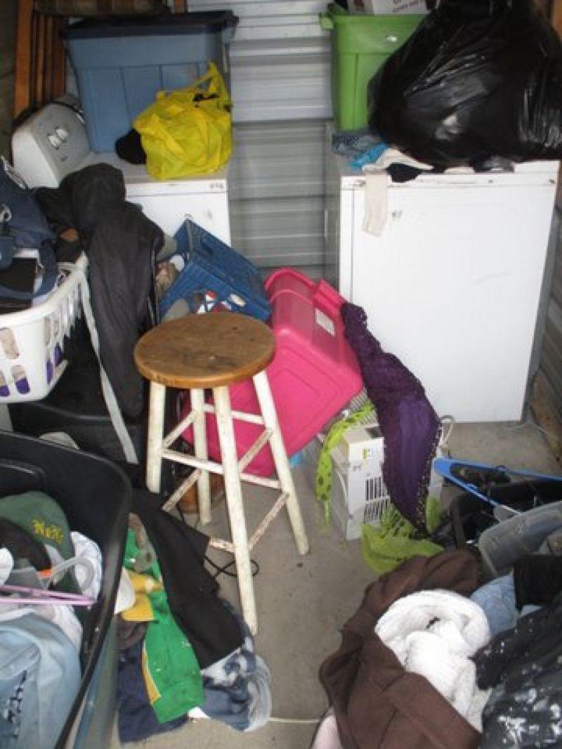 & Storage Unit Auction: 537979 | Carbondale IL | StorageTreasures.com