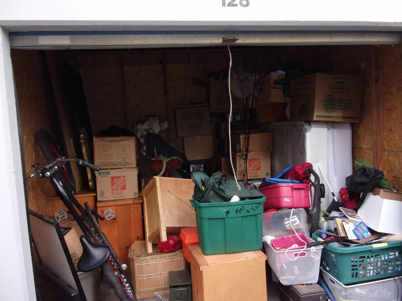 & Storage Unit Auction: 543745   Clackamas OR   StorageTreasures.com