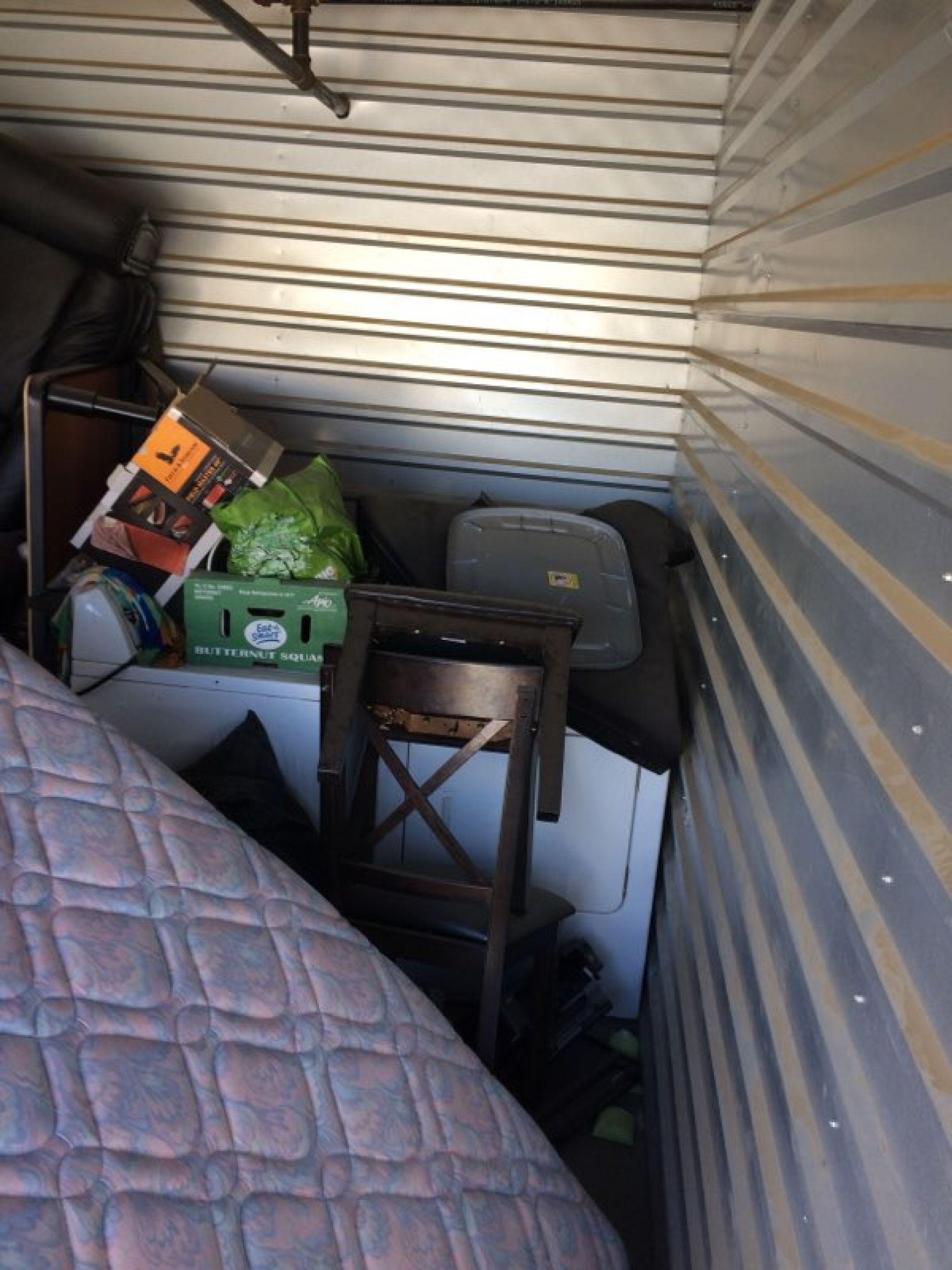 Hover or click & Storage Unit Auction: 547345 | Lancaster CA | StorageTreasures.com