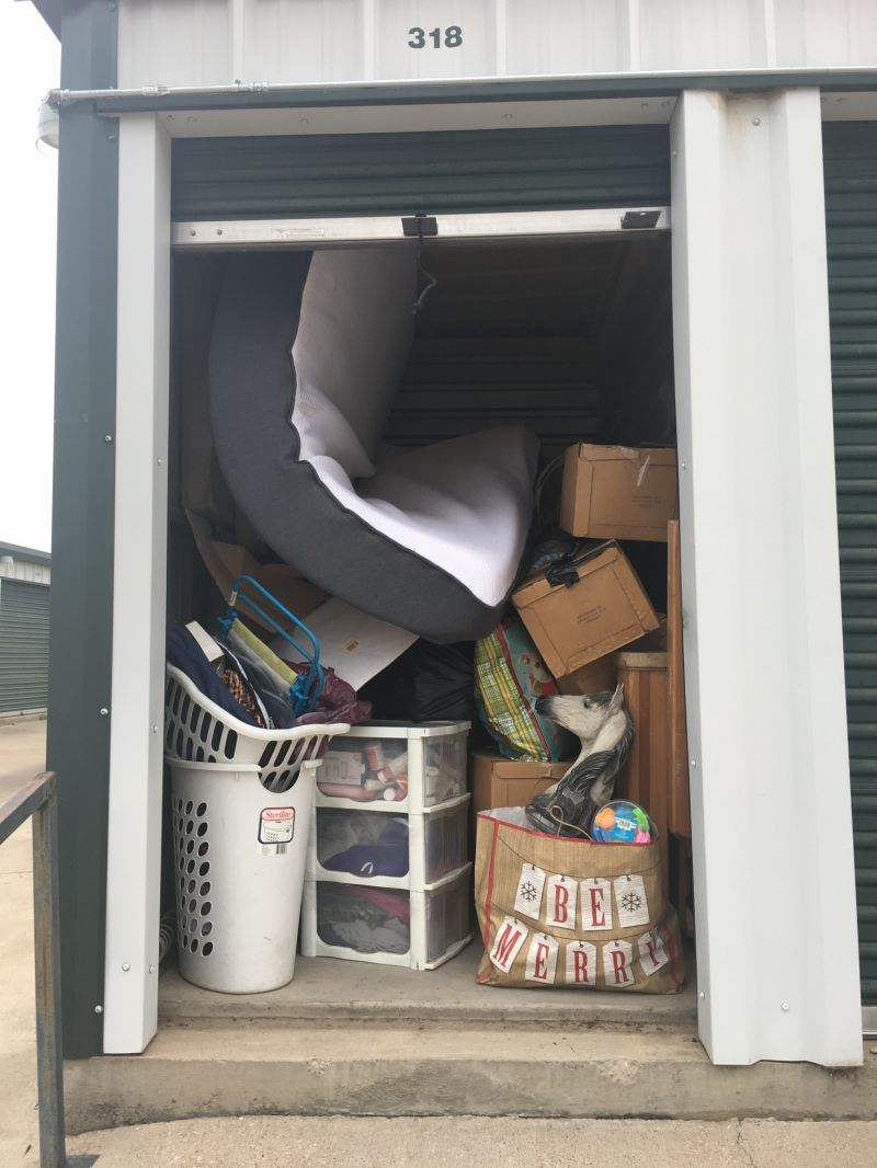 & Storage Unit Auction: 547395 | Weatherford TX | StorageTreasures.com