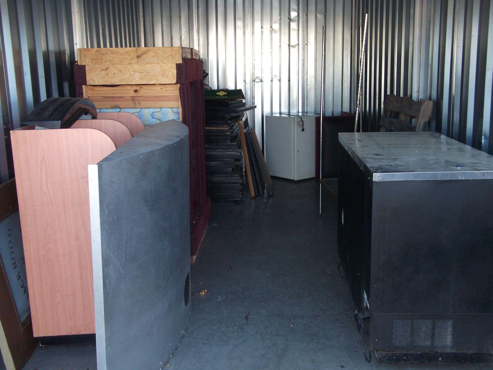 Hover or click & Storage Unit Auction: 549410 | Myrtle Beach SC | StorageTreasures.com