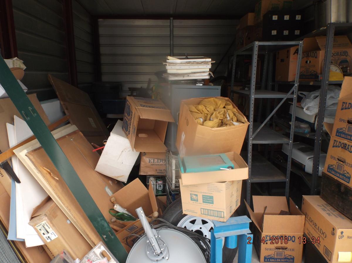 Hover or click & Storage Unit Auction: 569032 | Laramie WY | StorageTreasures.com