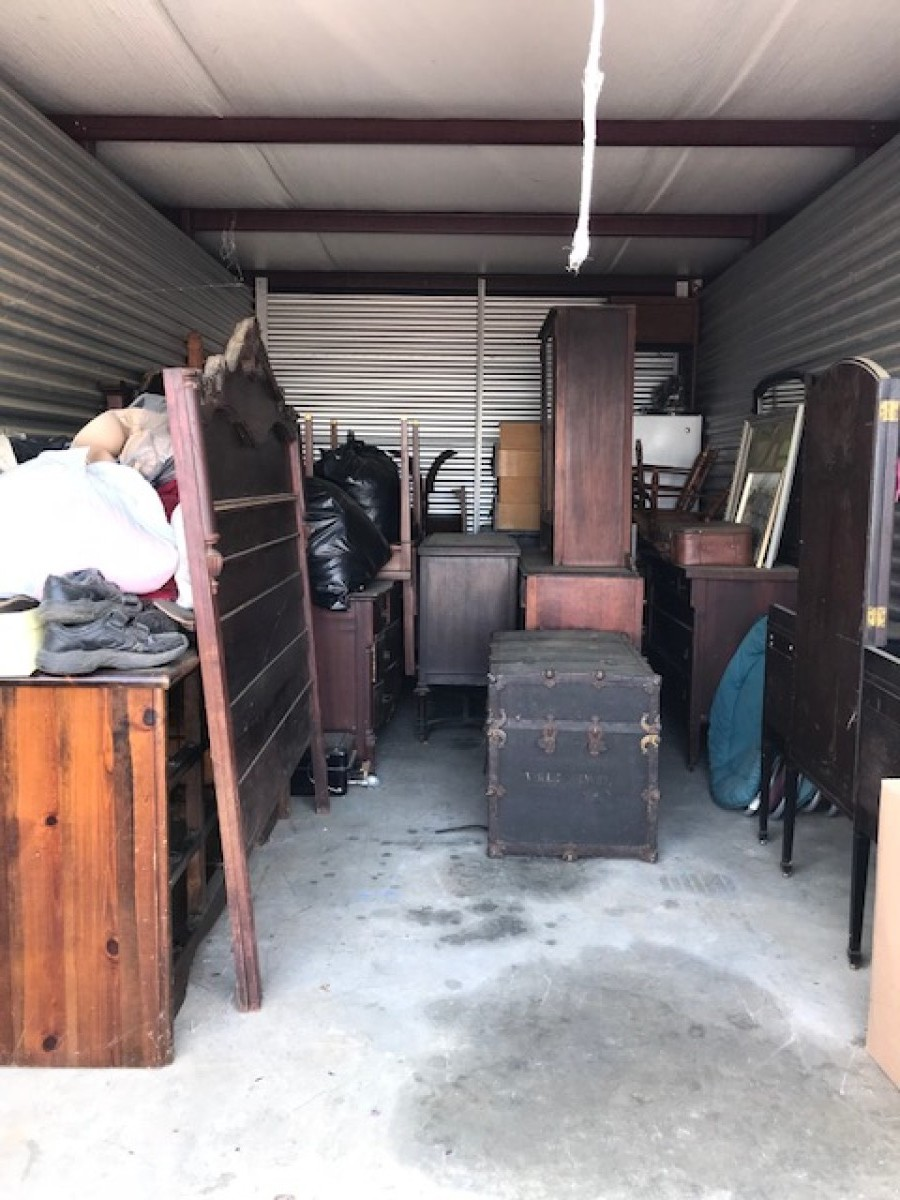 CLICK THUMBNAIL TO VIEW. Centerville ... & Storage Unit Auction: 576894 | Centerville GA | StorageTreasures.com