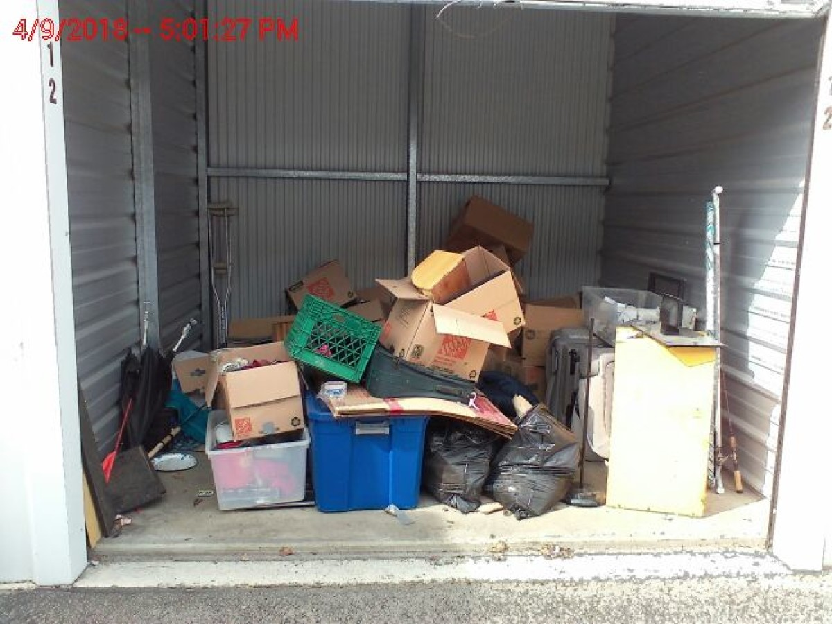 Hover or click & Storage Unit Auction: 579959 | Caldwell ID | StorageTreasures.com