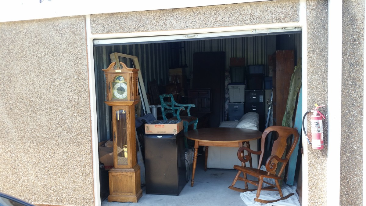 Hover or click & Storage Unit Auction: 586482 | Weatherford TX | StorageTreasures.com