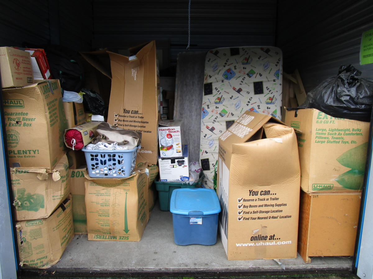 Hover or click & Storage Unit Auction: 592609 | Vancouver WA | StorageTreasures.com