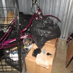 A Self Storage o - ID 593612