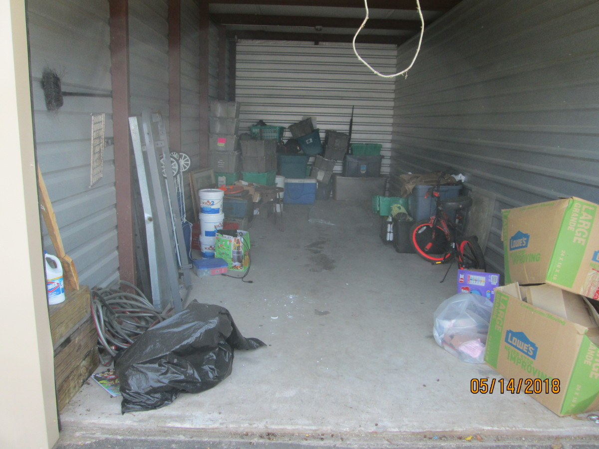 Hover or click & Storage Unit Auction: 600626 | Webster TX | StorageTreasures.com