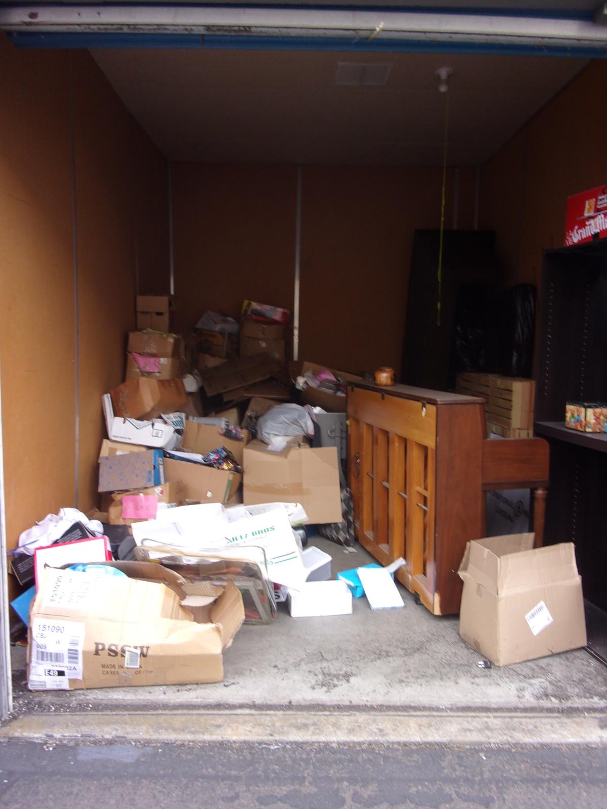 Hover or click & Storage Unit Auction: 608283   Clackamas OR   StorageTreasures.com