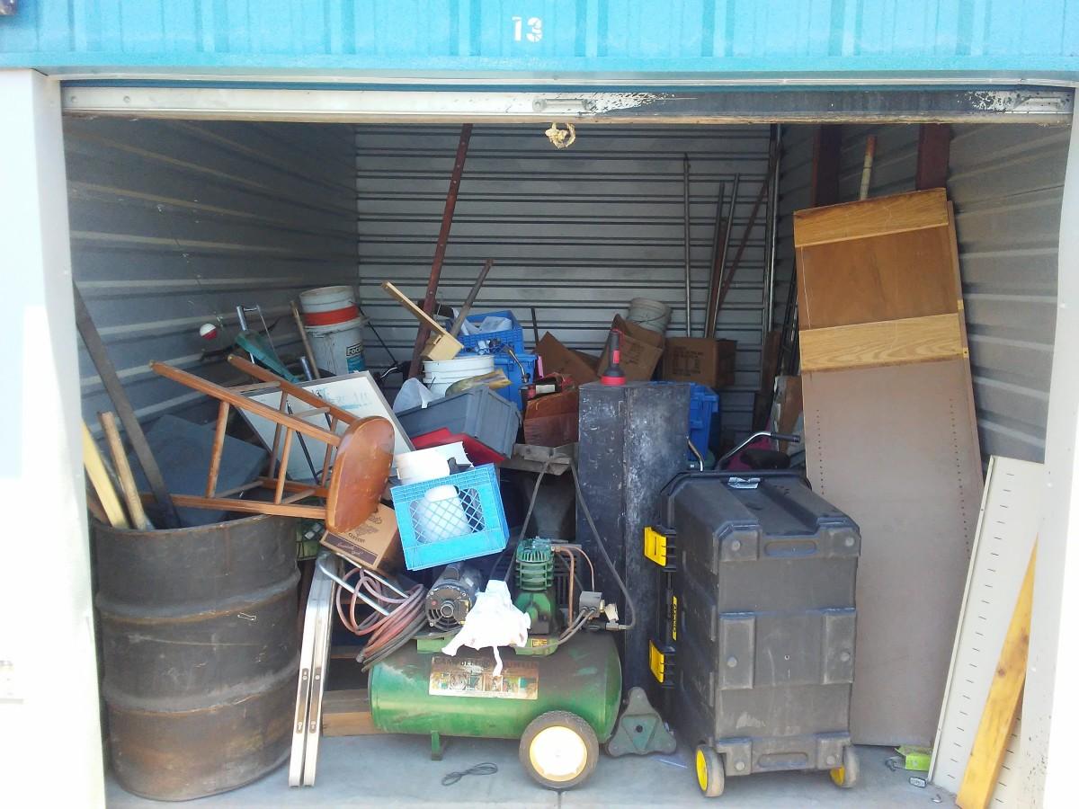 Hover or click & Storage Unit Auction: 609776 | Casa Grande AZ | StorageTreasures.com