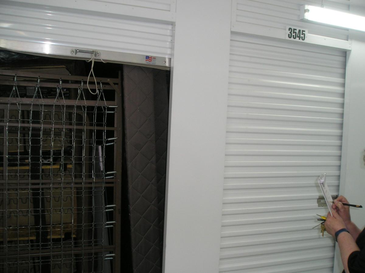 Incroyable Storage Auction Details