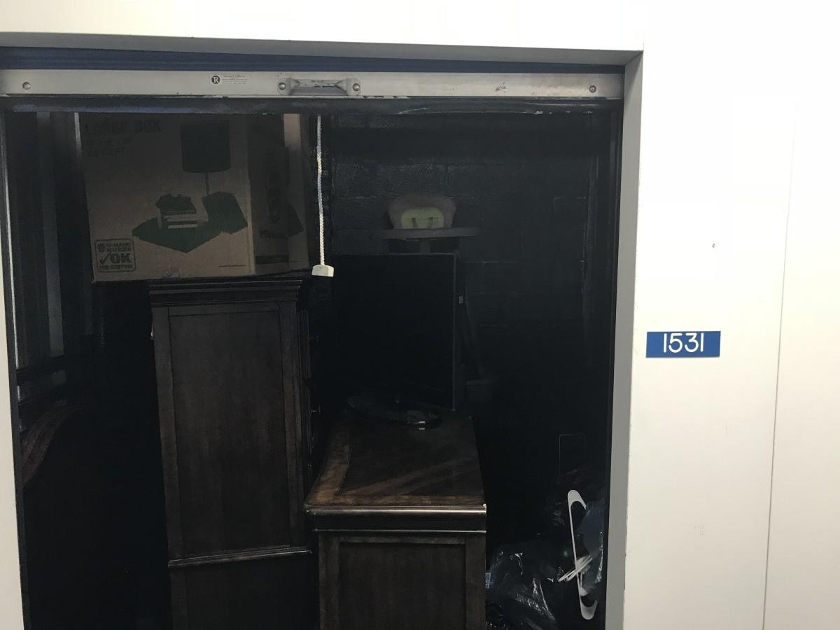 Storage Unit Auction 626710 Newark Nj Storagetreasures