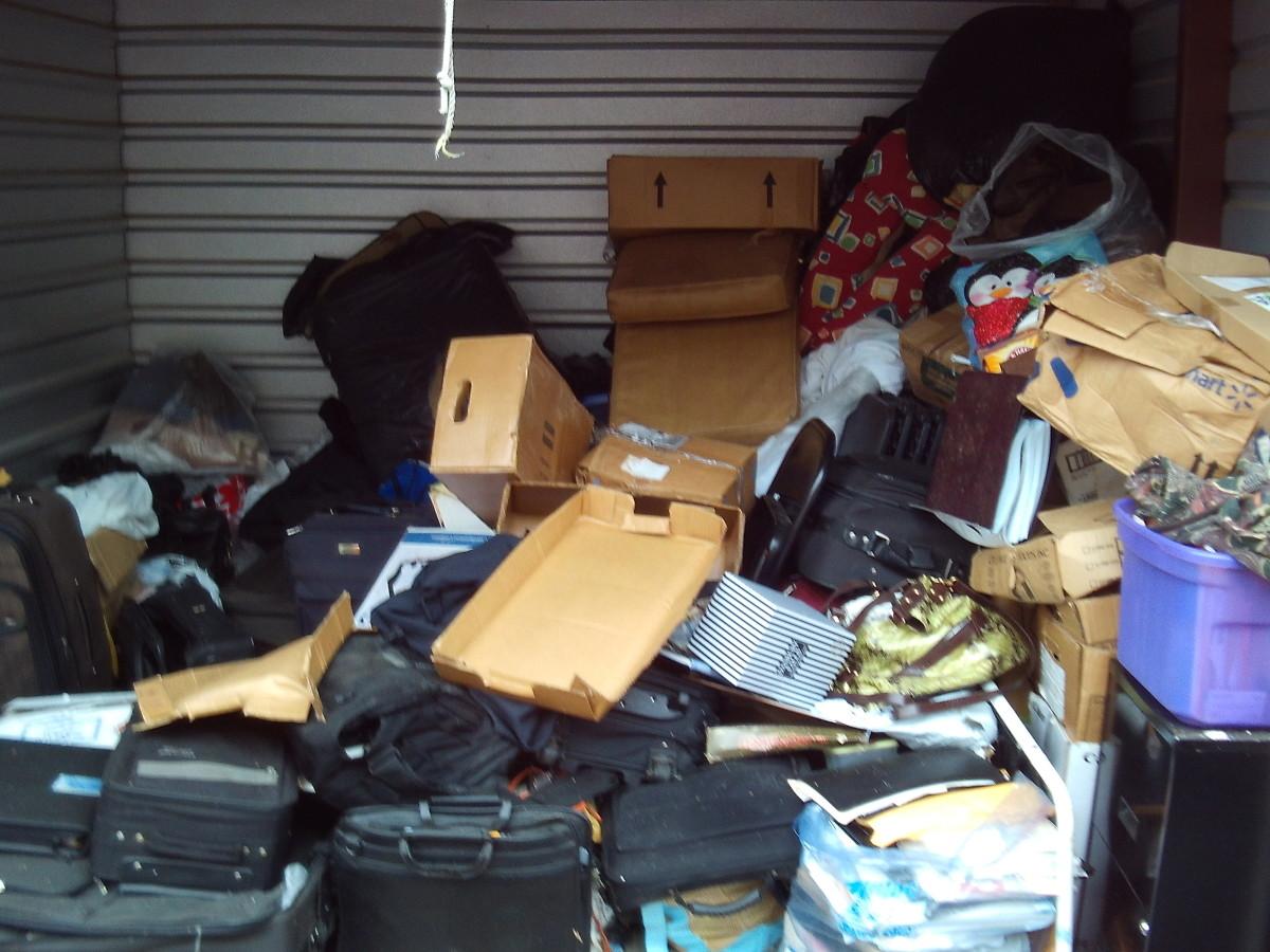 Hover or click & Storage Unit Auction: 627272   ALPHARETTA GA   StorageTreasures.com
