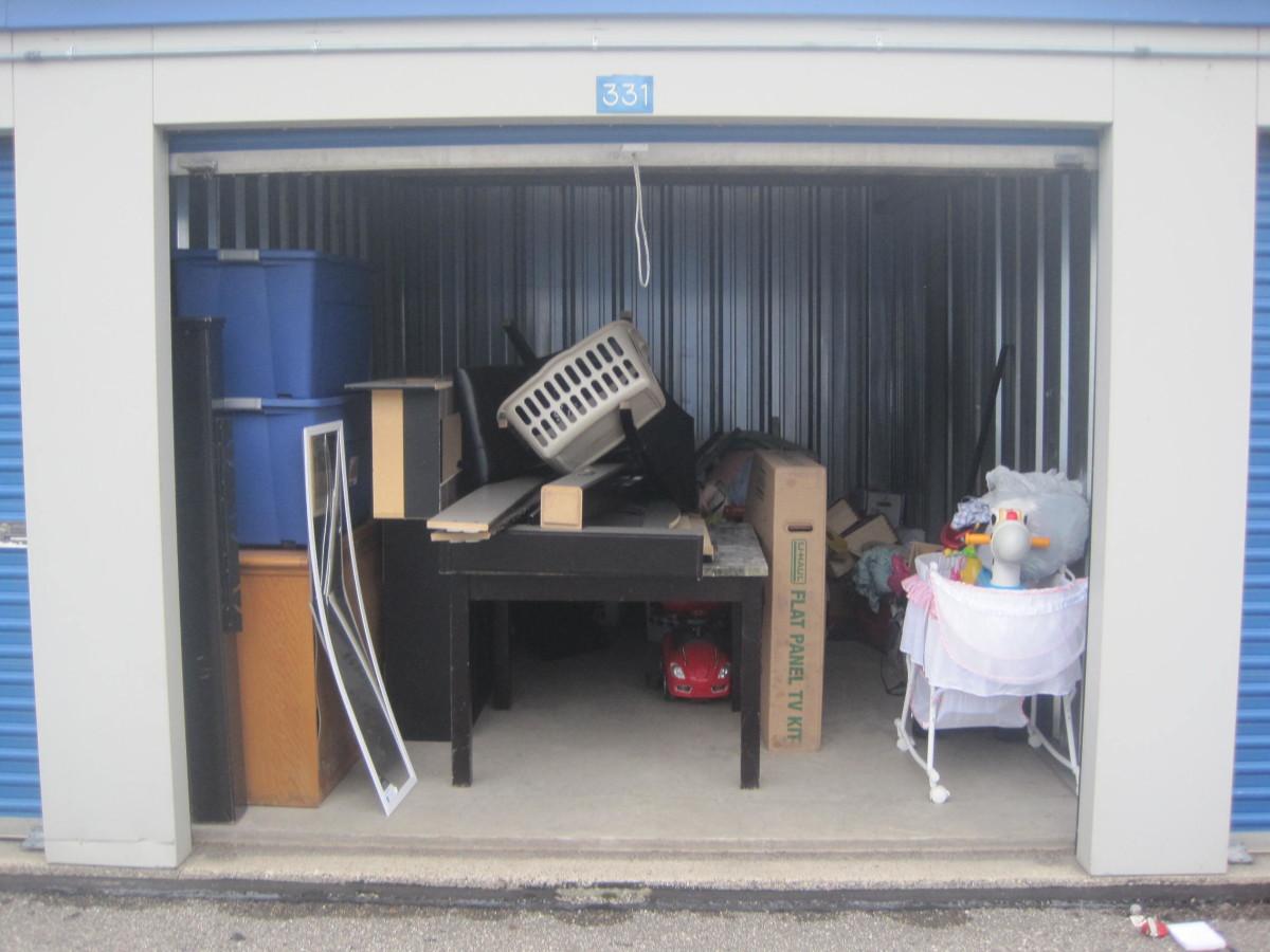 Etonnant Storage Treasures